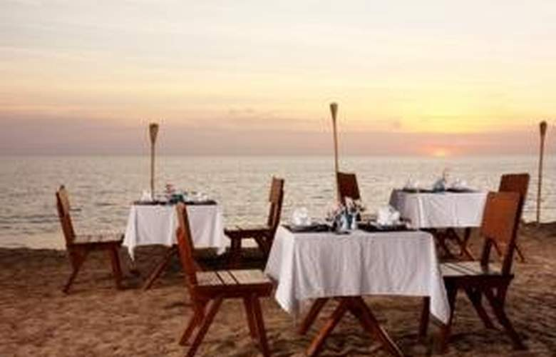 Amandara Beach Resort - Restaurant - 10