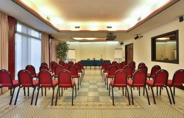 BEST WESTERN Hotel Solaf - Hotel - 8