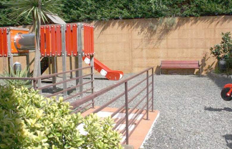 Apartamentos Las Mariposas - Services - 5