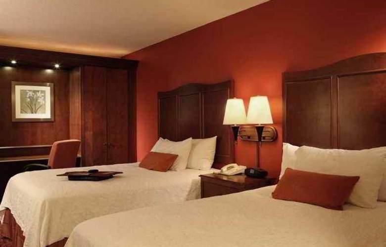 Hampton Inn Atlanta-Airport - Hotel - 3