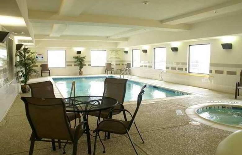 Hampton Inn & Suites Ft. Worth Burleson - Hotel - 4