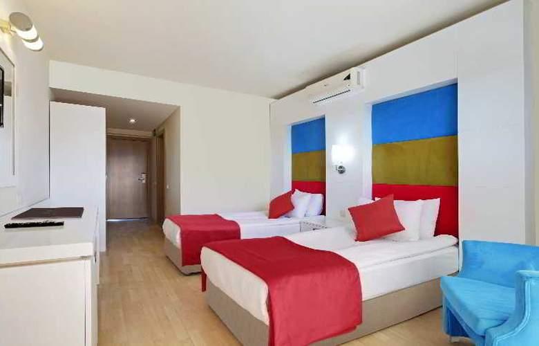 Belinda - Room - 6