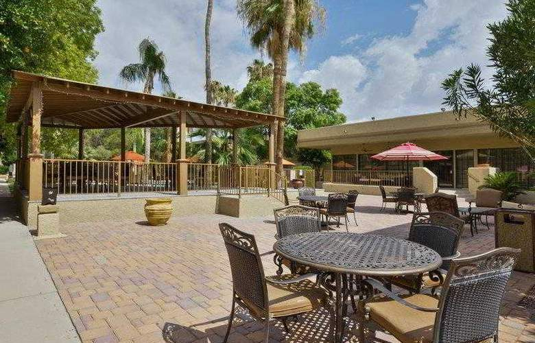 Best Western Tucson Int'l Airport Hotel & Suites - Hotel - 10