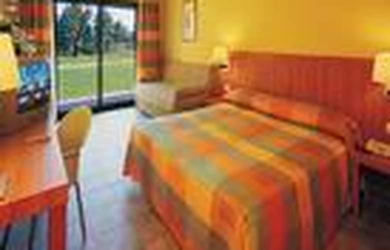 Vilar Rural de Sant Hilari Sacalm - Room - 1