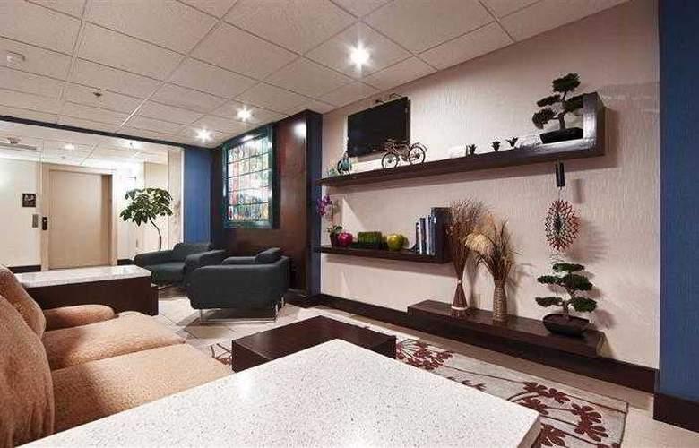 Berkshire Hills Inn & Suites - Hotel - 57