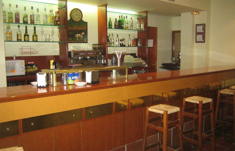 SNÖ Edelweiss Apartamentos - Bar - 5