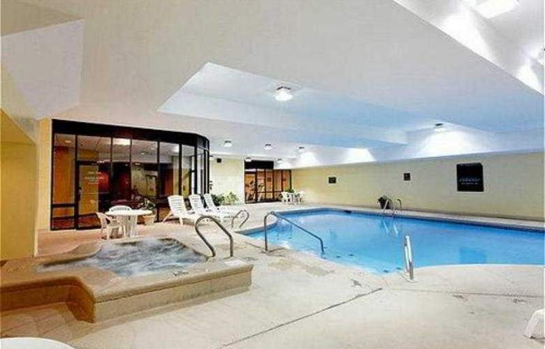 Holiday Inn Missoula Downtown - Pool - 7