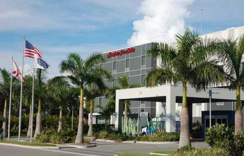 Hampton Inn & Suites Sarasota/Bradenton-Airport - Hotel - 2