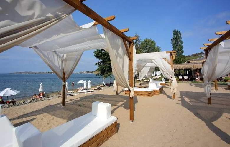 Santa Marina Sozopol - Restaurant - 35