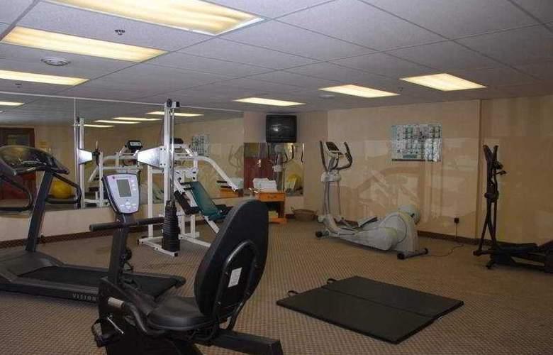 Monte Carlo Inn Barrie Suites - Sport - 12