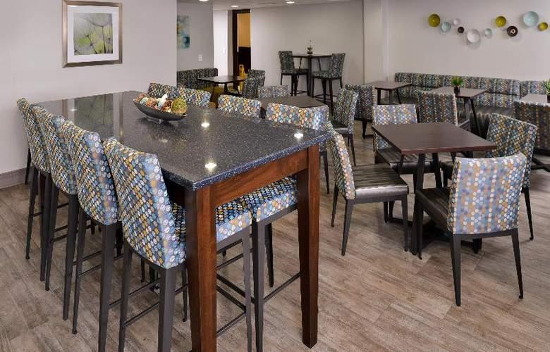 Best Western Naperville Inn - Restaurant - 65