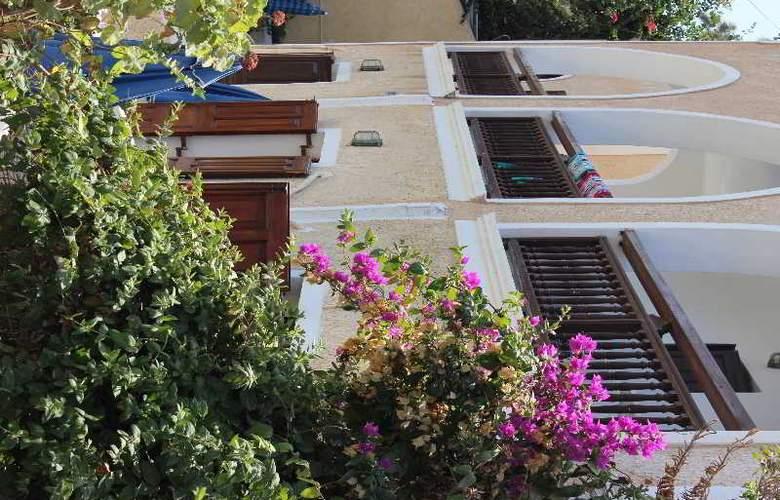 Alia - Hotel - 4