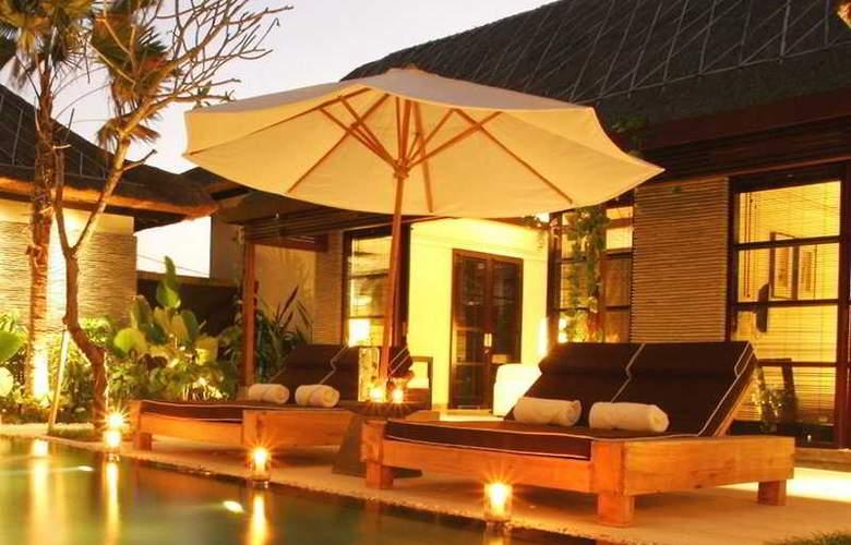 Sentosa Private Villa and Spa - Pool - 7