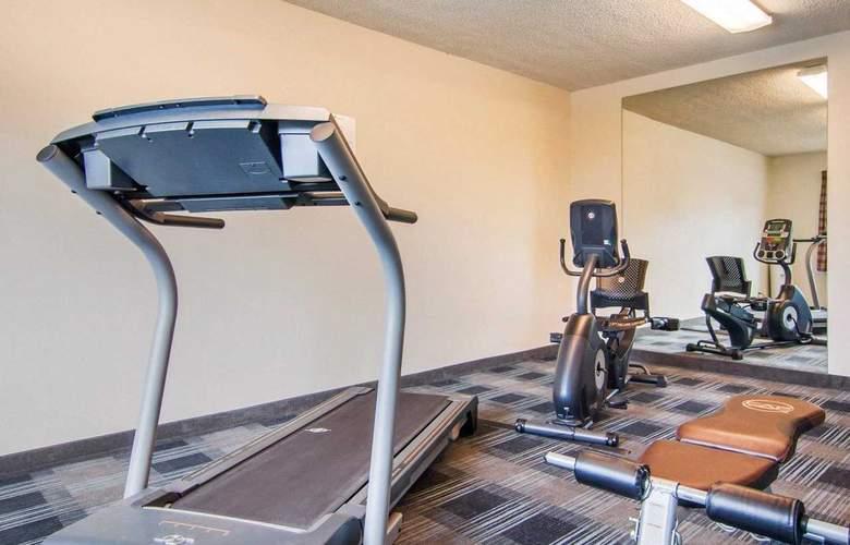 Quality Inn Tigard - Portland Southwest - Sport - 3