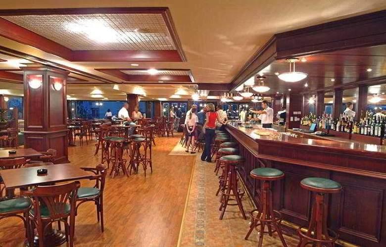 Odessa - Bar - 4