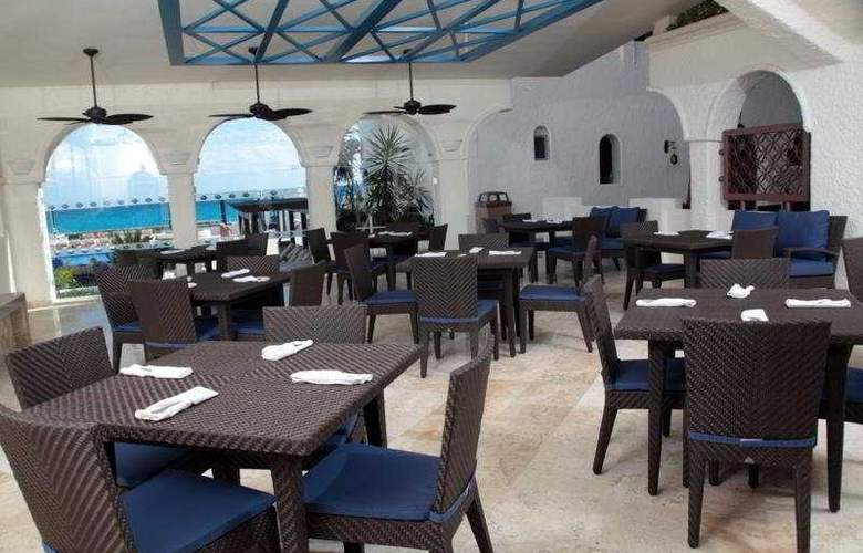 GR Caribe by Solaris Deluxe All Inclusive Resort - Restaurant - 5