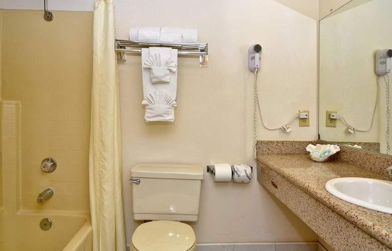 Best Western Plus Palm Desert Resort - Room - 30