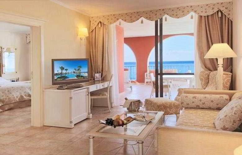 Iberostar Grand Hotel Salome - Solo Adultos - Room - 18