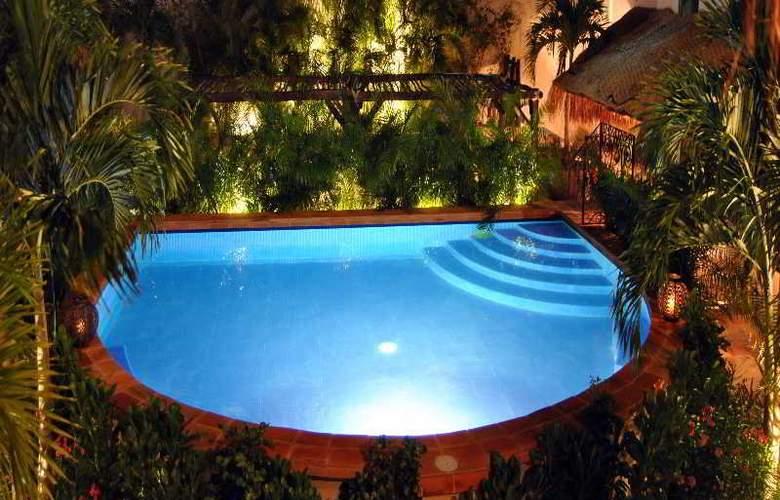 La Pasion Boutique Hotel - Pool - 40