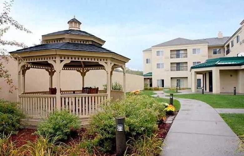 Courtyard Boston Raynham - Hotel - 0