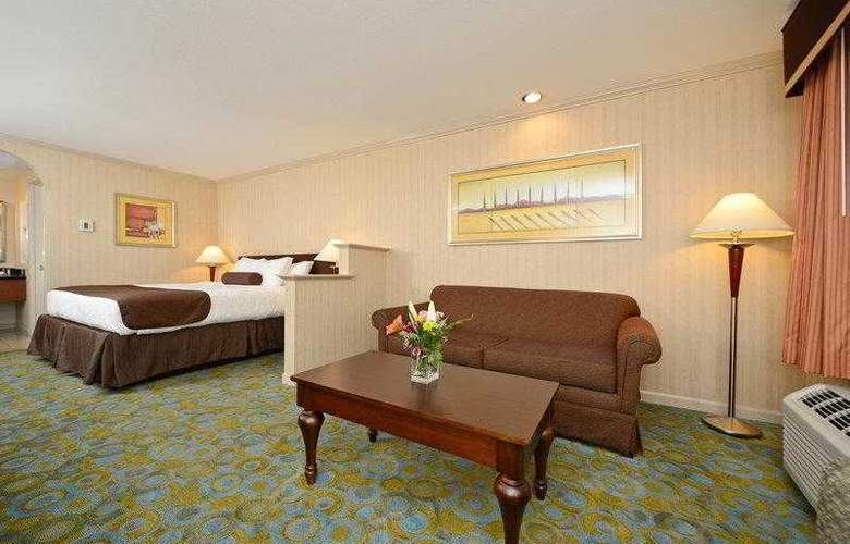 Best Western Plus Executive Suites - Hotel - 20