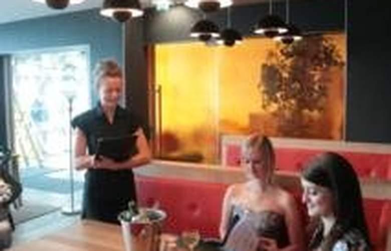 Brisbane House Hotel - Restaurant - 5