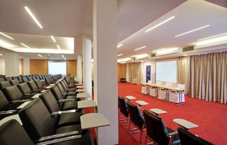 Luna Island Hotel - Conference - 16