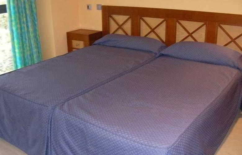 Feijoo Apartamentos Turisticos - Room - 5