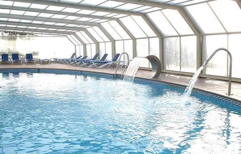 Best Oasis Tropical - Pool - 16