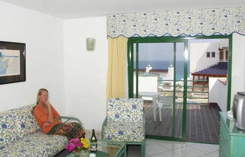 Esquinzo Y Monte Del Mar - Room - 0
