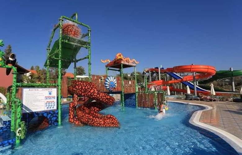 Aquasol Holiday Village - Pool - 13