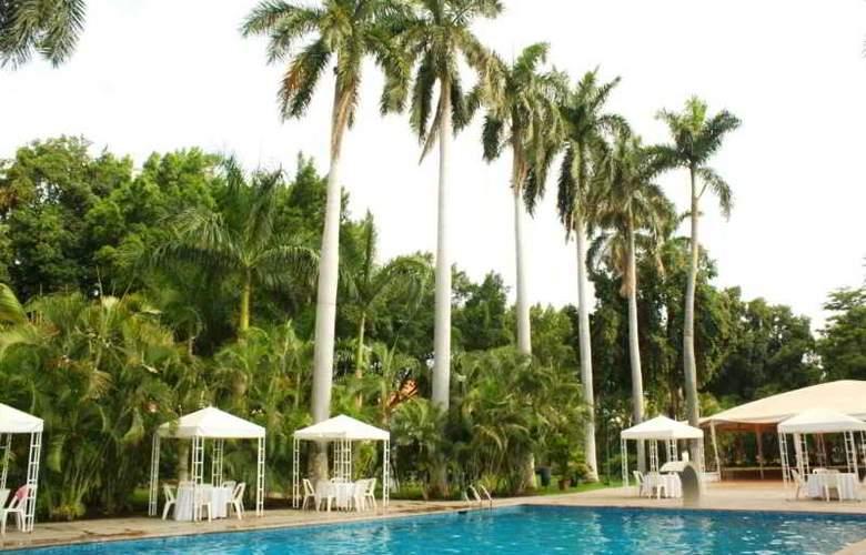 Los Tres Rios - Pool - 8