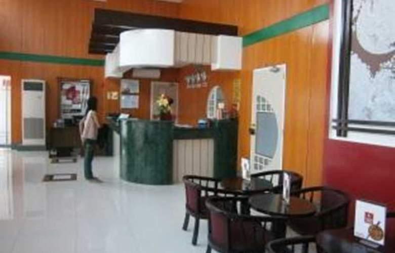 Hotel Sogo Montillano - General - 1
