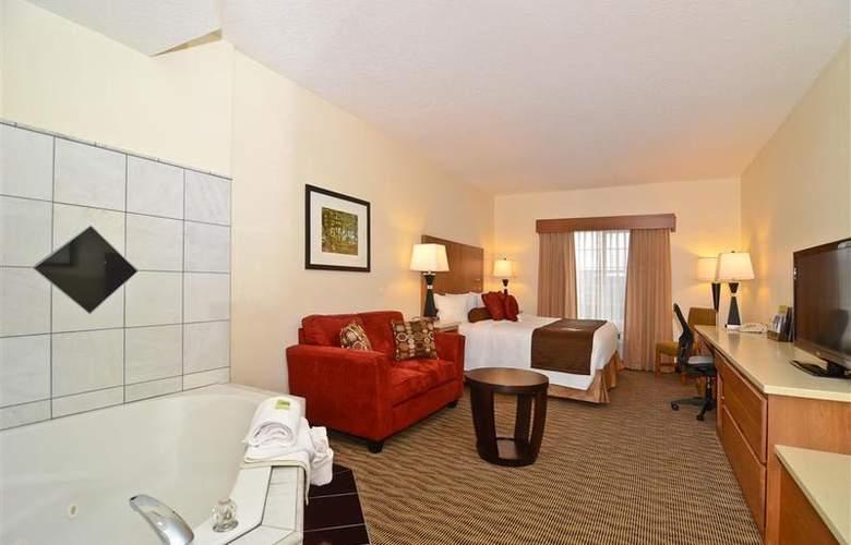 Best Western Plus Park Place Inn - Room - 106
