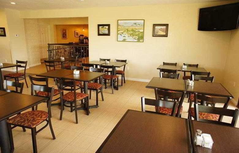 Best Western Plus Orchard Inn - Hotel - 9