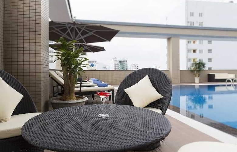 Muong Thanh Nha Trang Centre Hotel - Pool - 50