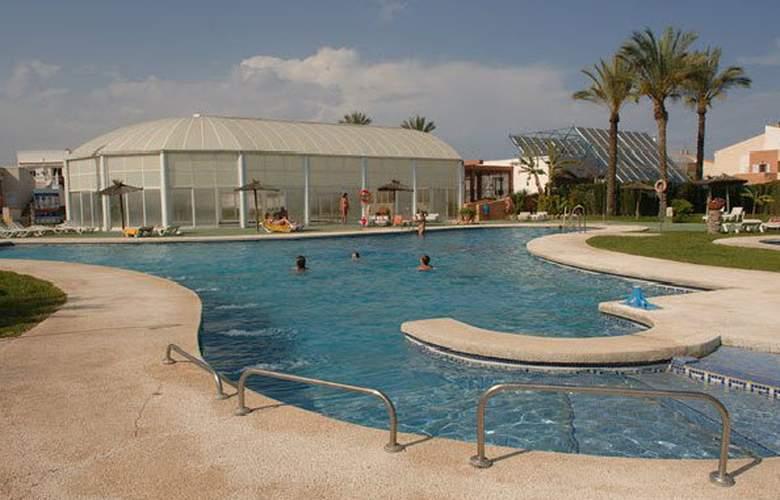Vera Natura Apartamentos - Pool - 2