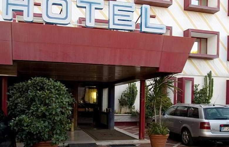 Salsello - Hotel - 0