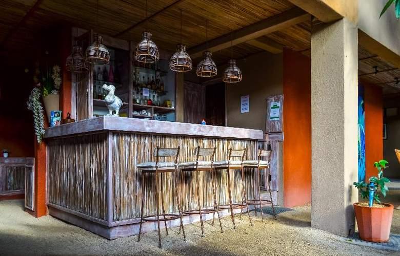 Sous Le Badamier - Bar - 17