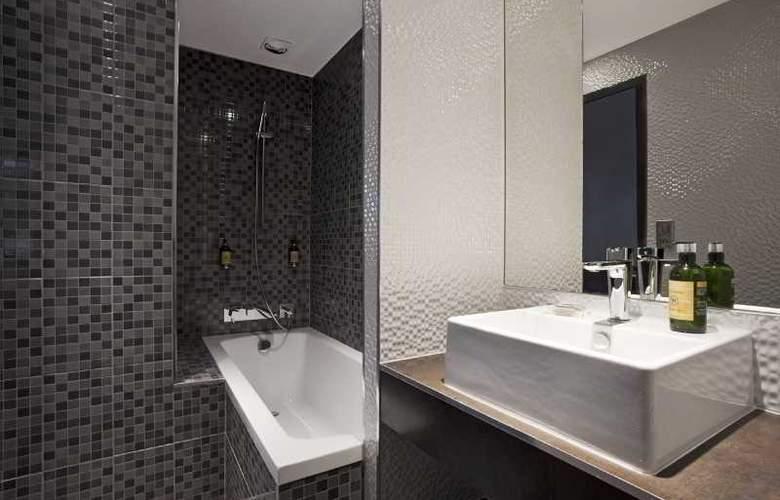 Hotel Des Savoies - Room - 13