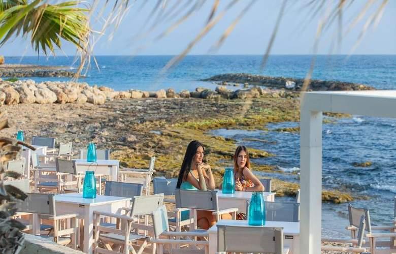 Aquamare Beach Hotel & Spa - Beach - 19