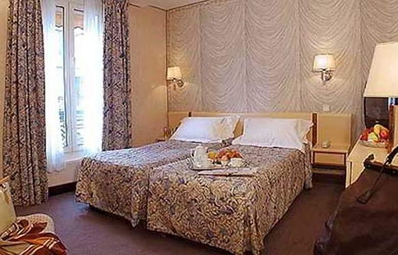 Renoir - Room - 4