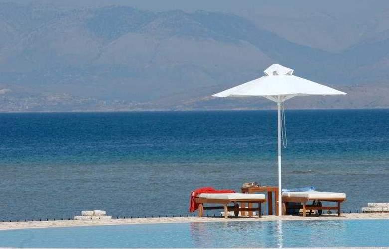 Chrismos Hotel Apartments - Pool - 11