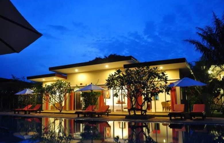 Phuket Sea Resort (formely Maalai Resort) - Hotel - 0