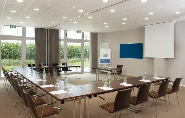 Holiday Inn Express Munich Airport Hotel - Conference - 5