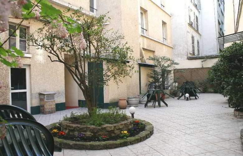 Interhotel Le Parisiana - Hotel - 2