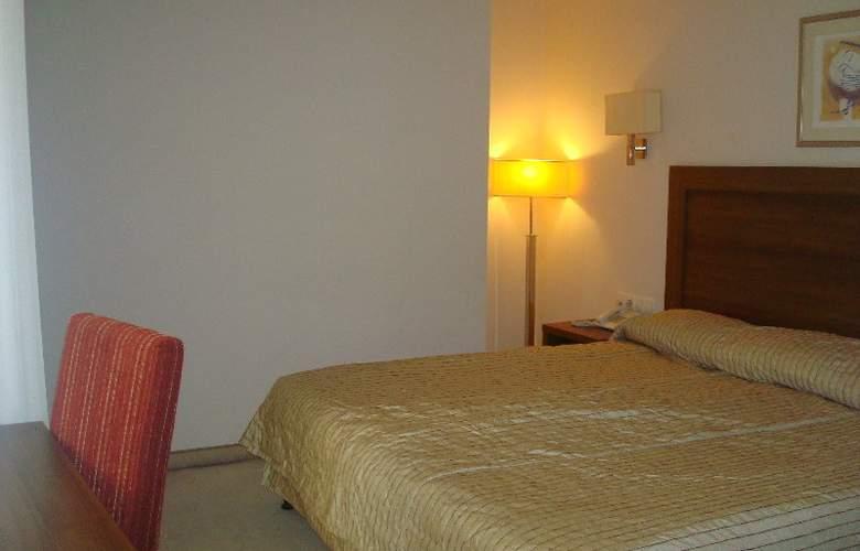 Bourgas - Room - 2