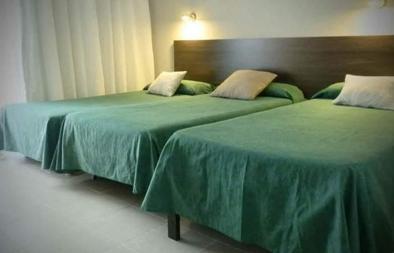 Hostal Tahití - Room - 4