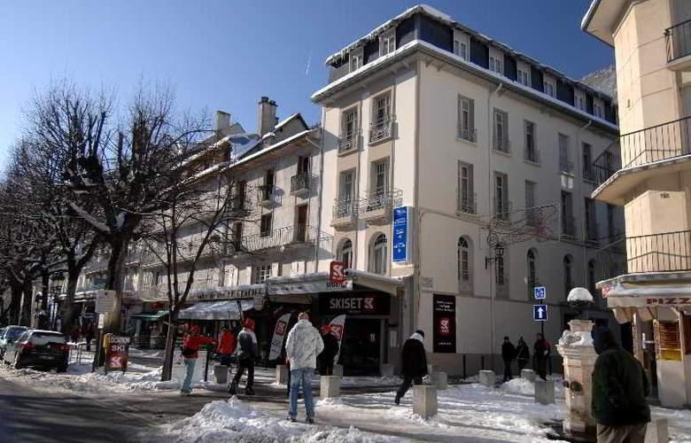 Val De Jade - Hotel - 1