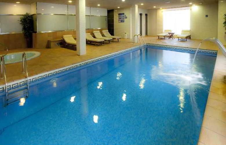Nubahotel Comarruga - Pool - 10